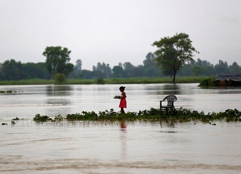 65 человек погибли в результате наводнений в Непале