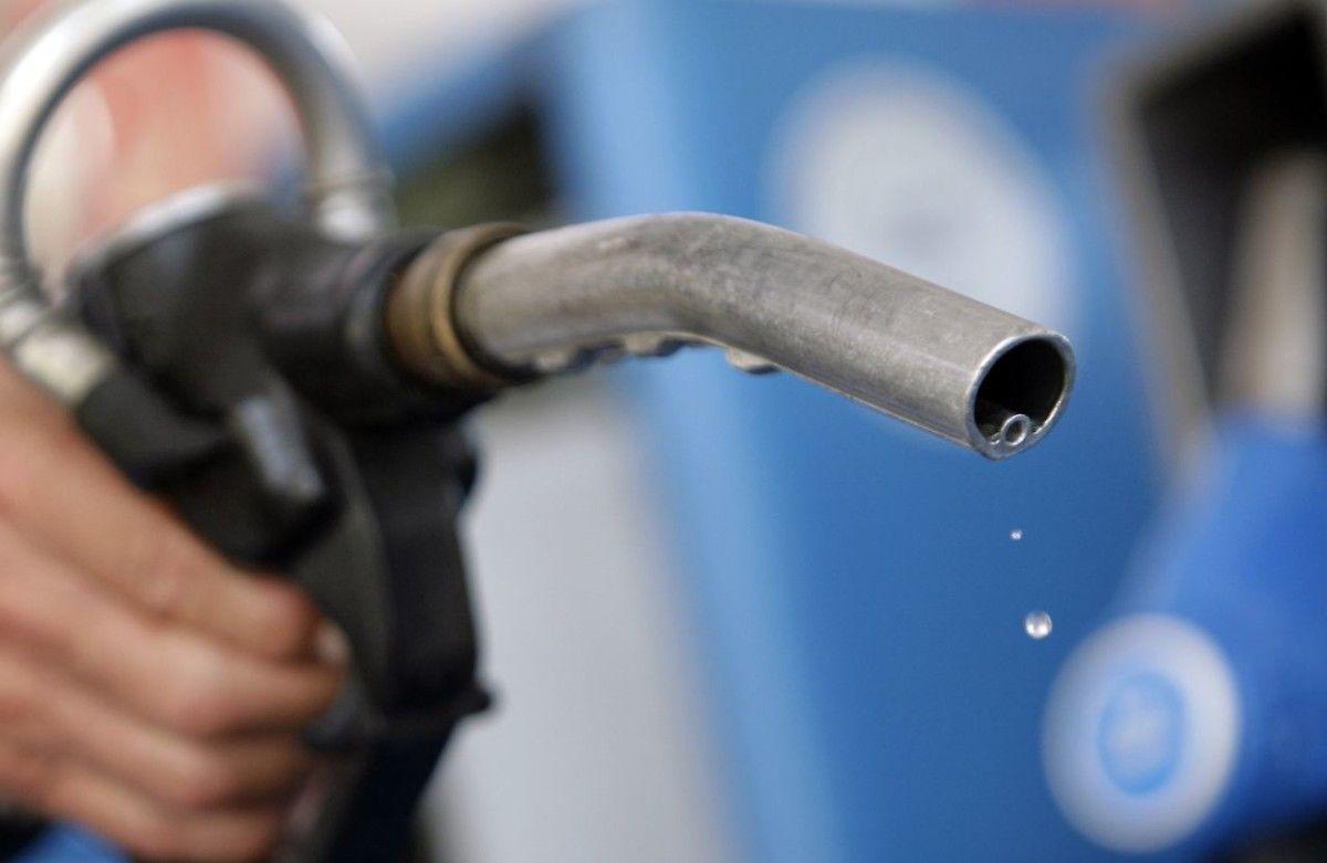 Казахстан намерен продлить временный запрет на ввоз бензина из РФ ж.-д. транспортом