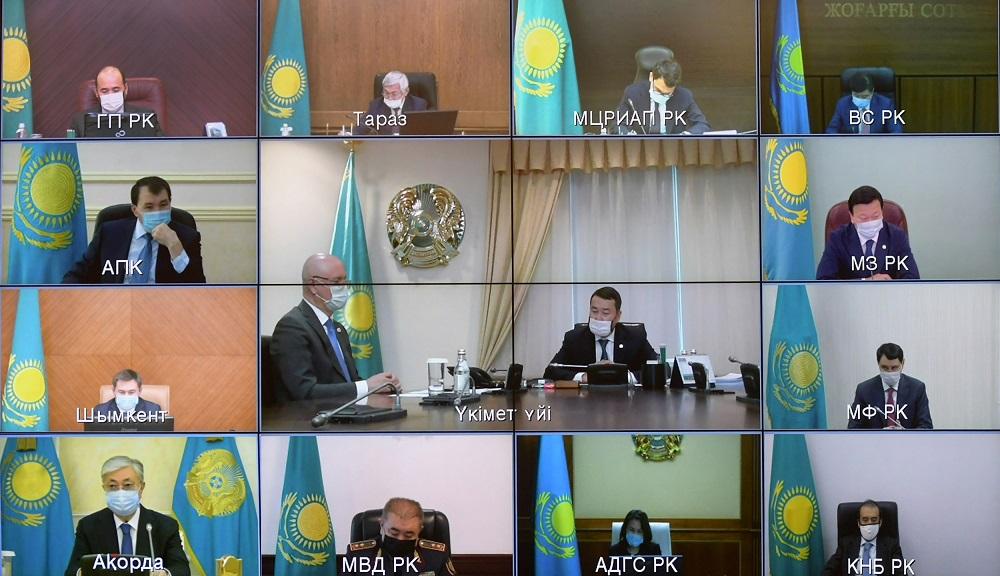 Касым-Жомарт Токаев указал на необходимость усиления борьбы с коррупцией в период пандемии