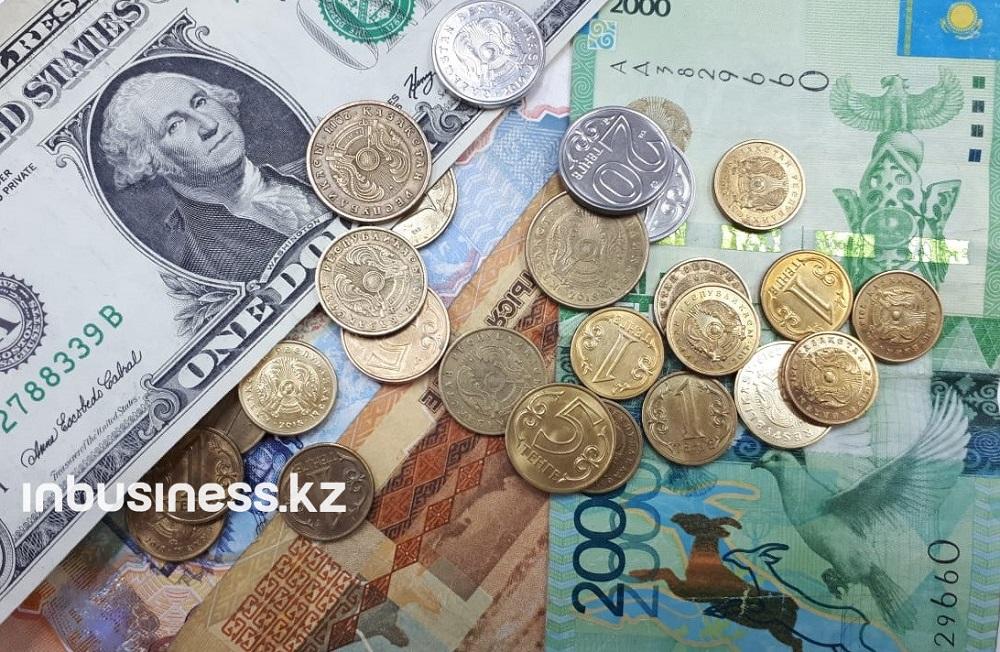 Тенге поддался общей тенденции вялого укрепления доллара