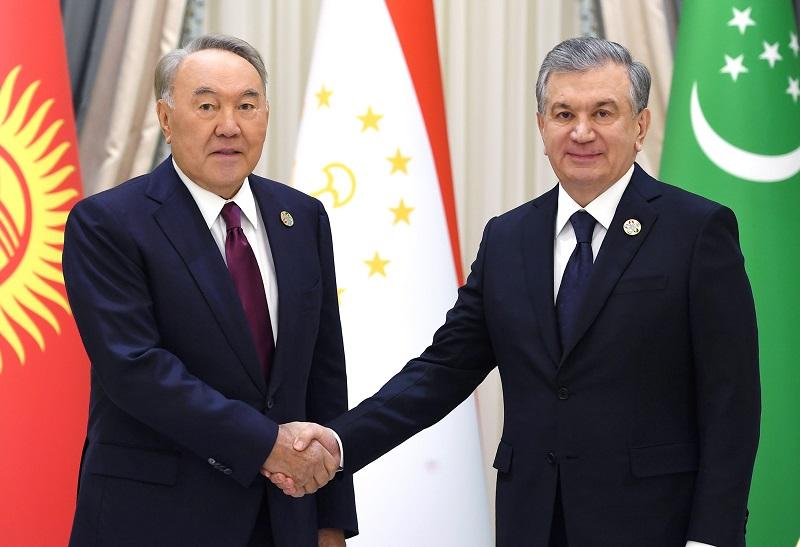 Назарбаев и Мирзиёев обсудили в Ташкенте перспективы сотрудничества стран ЦА