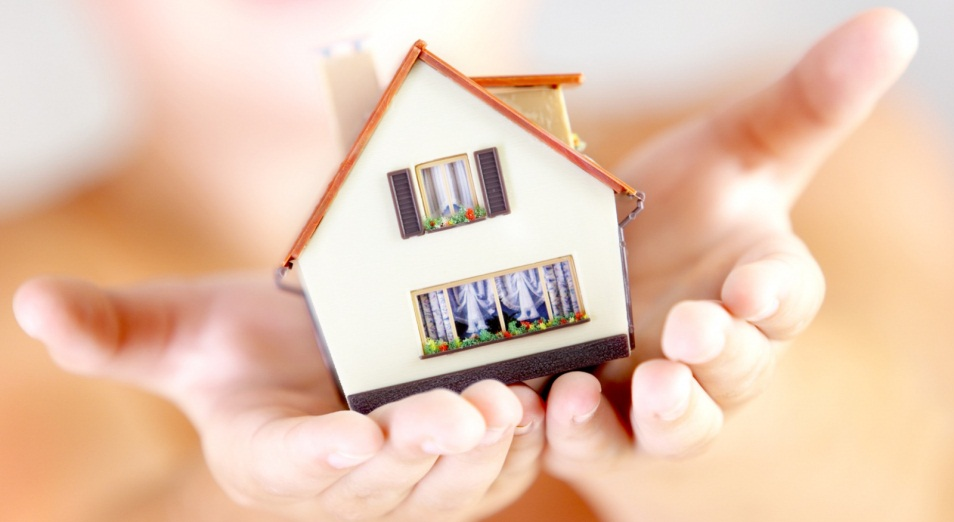 Активность на рынке жилья резко упала