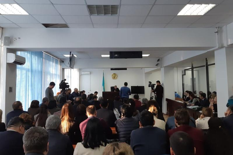 В Алматы проходит суд над Жомартом Ертаевым