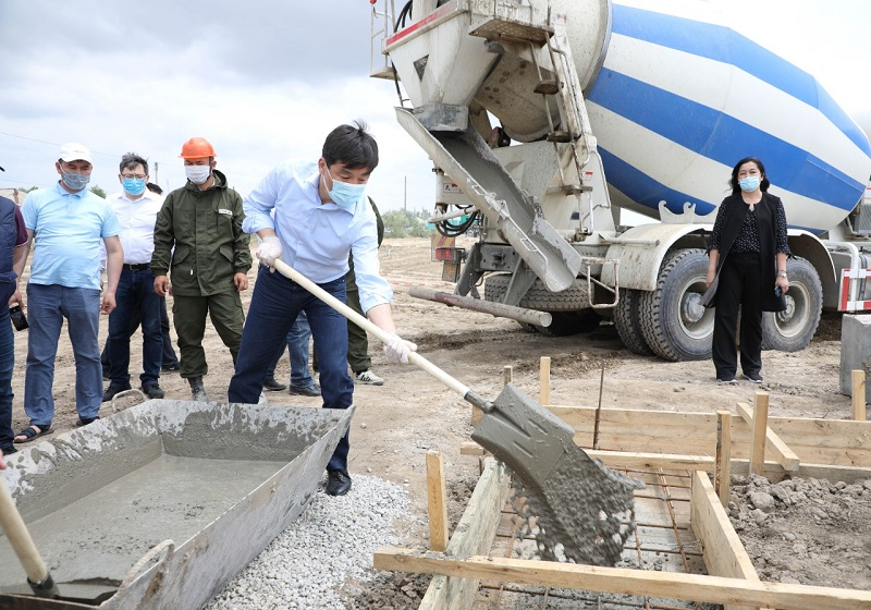 340 млн тенге выделили на строительство 20 домов в поселке Мырзакент в Туркестанской области