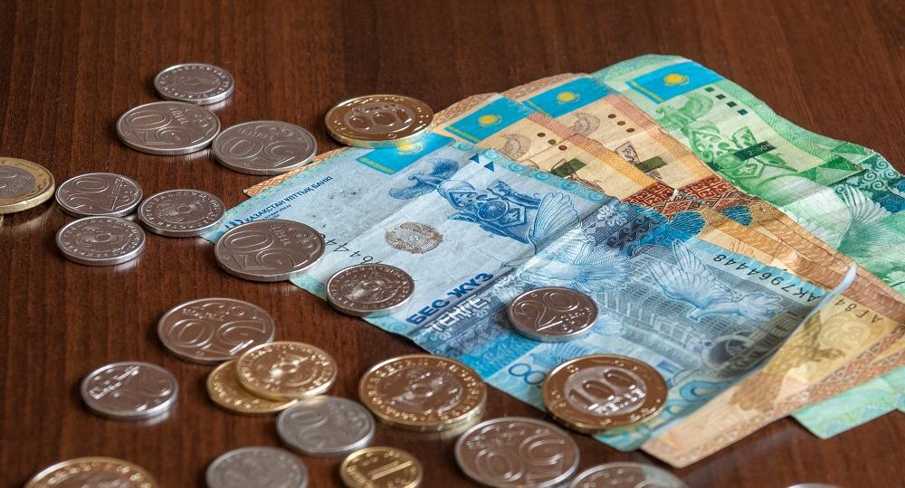 Заявления на получение выплаты в 42 500 тенге будут перепроверять на законность