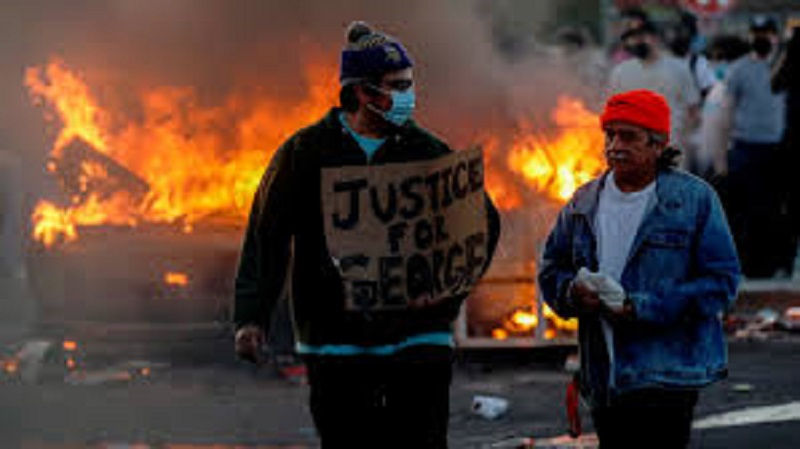 Четыре тысячи человек арестованы в США в ходе протестов