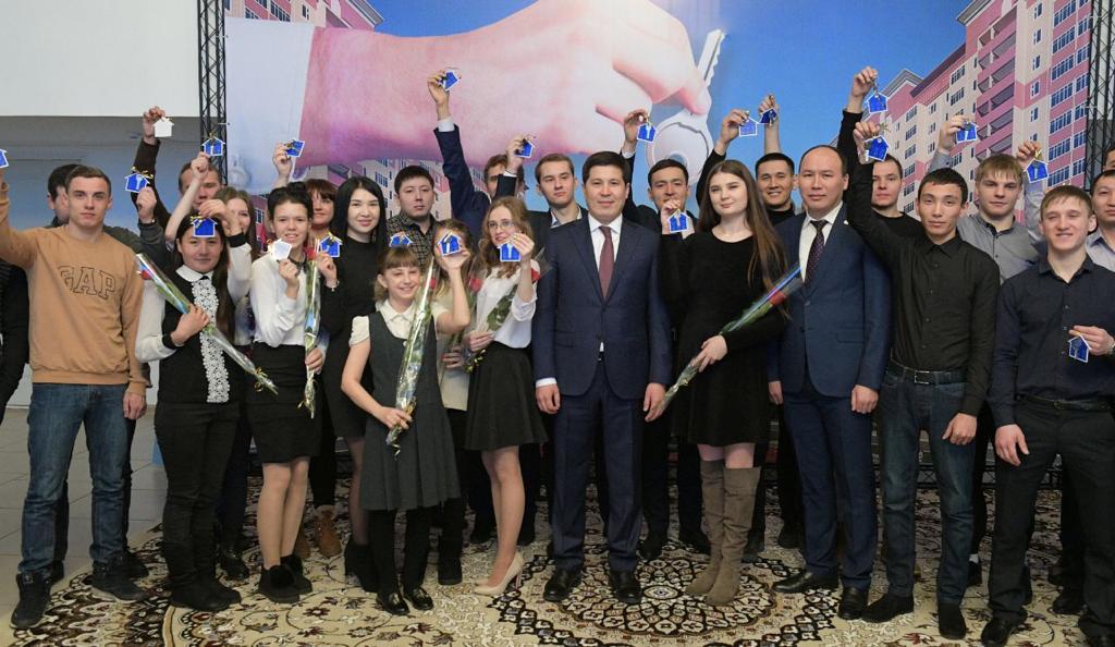 Павлодарда «Үміт» балалар үйінің 30 түлегіне пәтер берілді