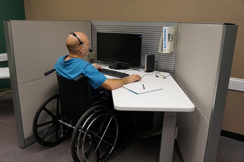 Госзакупки должны стимулировать трудоустройство инвалидов – минфин