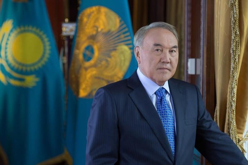 Нурсултан Назарбаев прибыл в Петербург