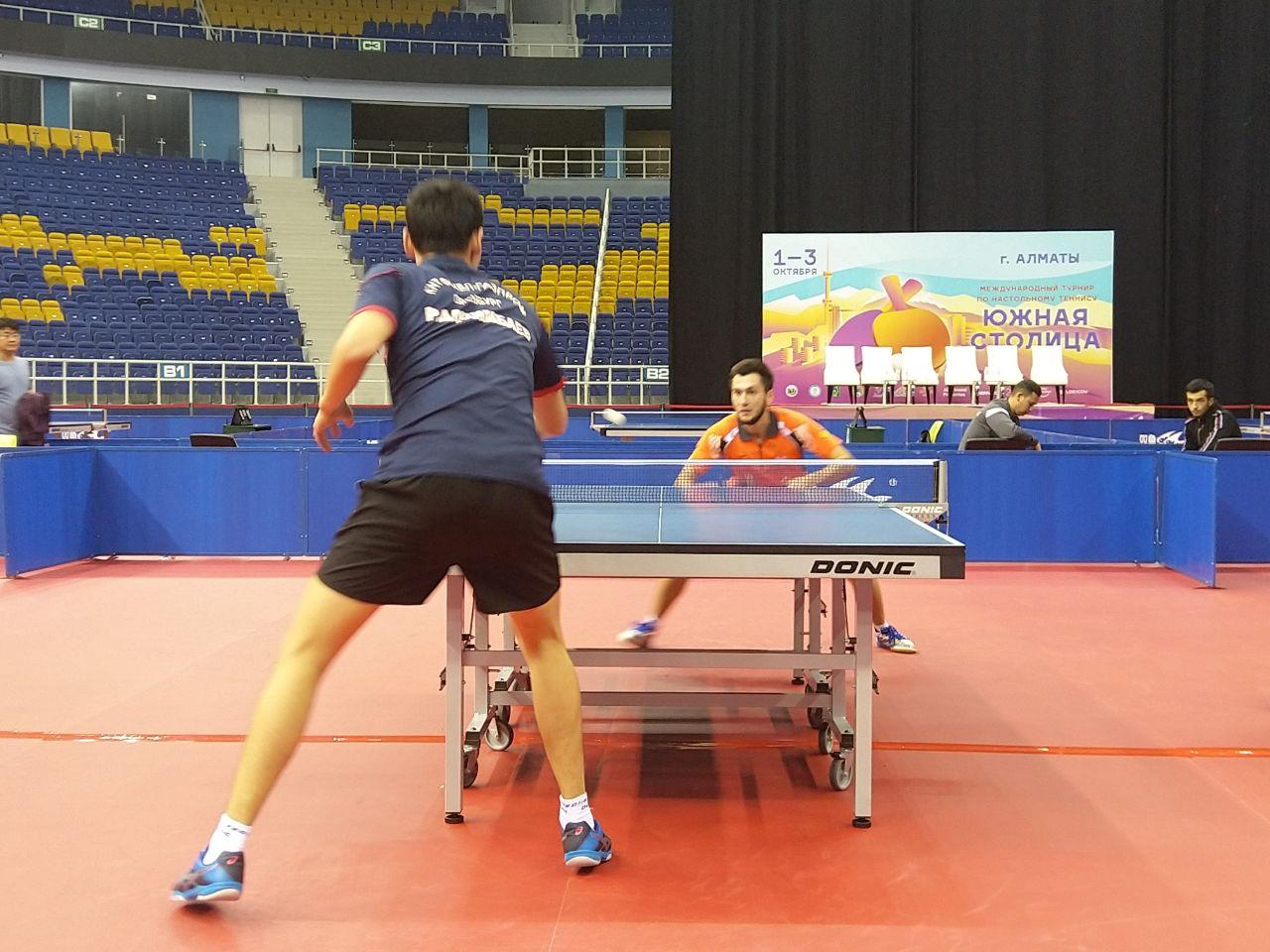 Определились полуфиналисты турнира по настольному теннису «Южная столица» среди мужчин
