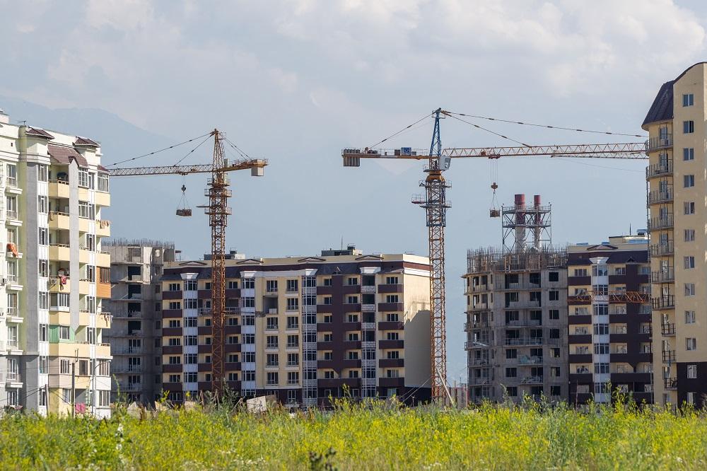 Заработная плата в сфере строительства на 22% выше, чем в среднем по РК