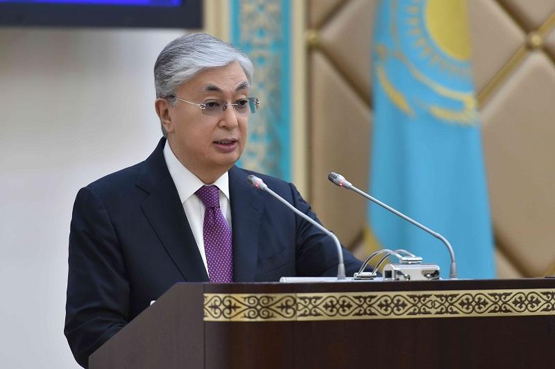 Казахстану необходимы согласованные действия всех ветвей власти – президент