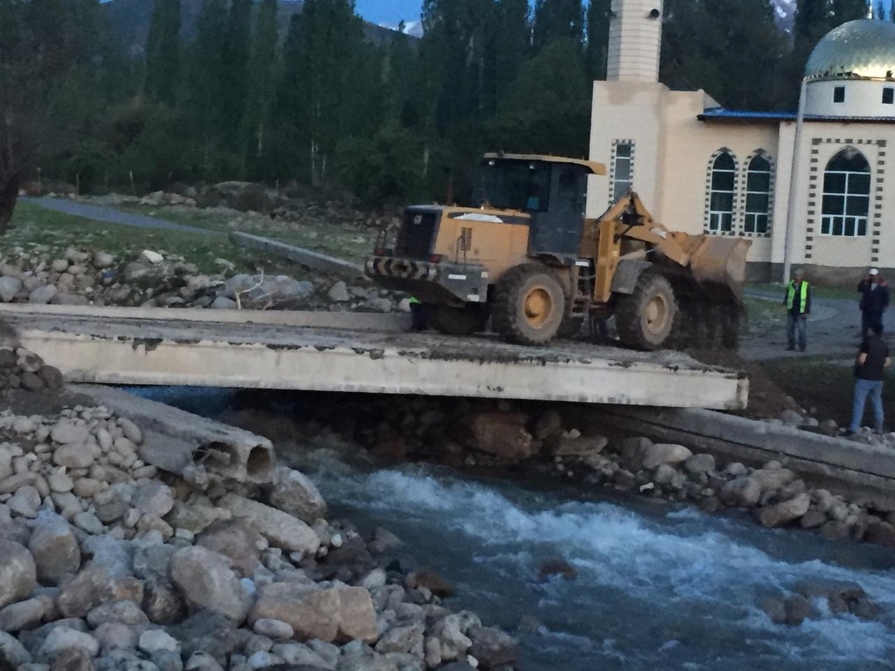 В Туркестанской области восстановили размытые водой мосты