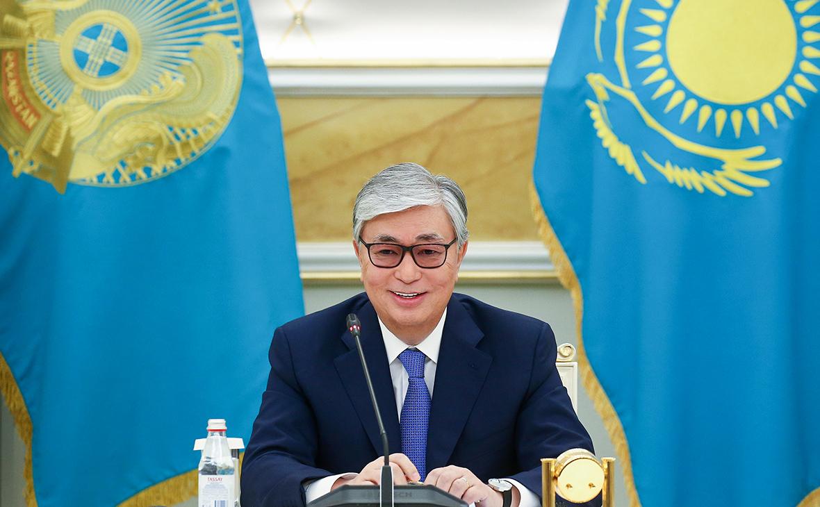 Касым-Жомарт Токаев учредил юбилейную медаль к 25-летию Конституции РК