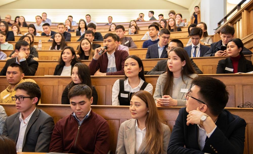 Ежегодная ярмарка вакансий для казахстанских студентов состоялась в Лондоне