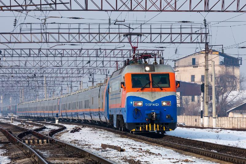 Временно сокращается маршрут поезда из Алматы и Нур-Султана в Урумчи