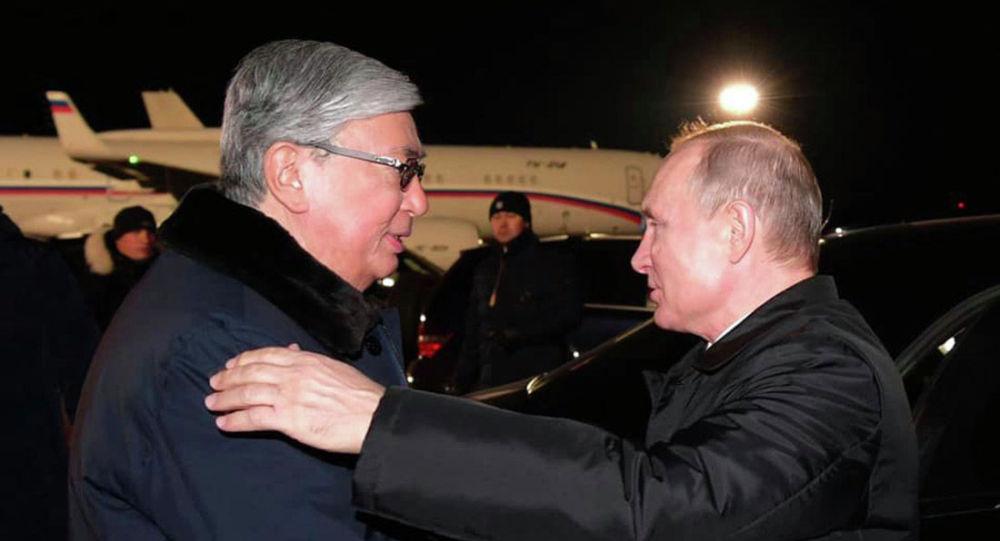 Ресей БАҚ Тоқаев туралы: Путин жаңа дос тапты