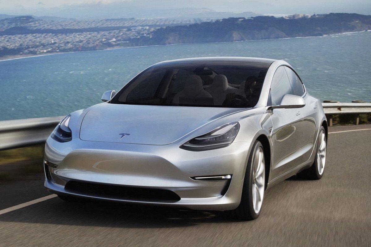 Tesla снизила на 9% стартовую цену производимых в Шанхае автомобилей Model 3