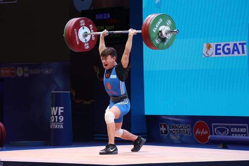 Игорь Сон завоевал золото на лицензионном Кубке Катара по тяжелой атлетике
