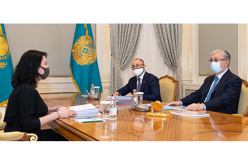 Касым-Жомарт Токаев принял уполномоченного по правам ребенка Аружан Саин