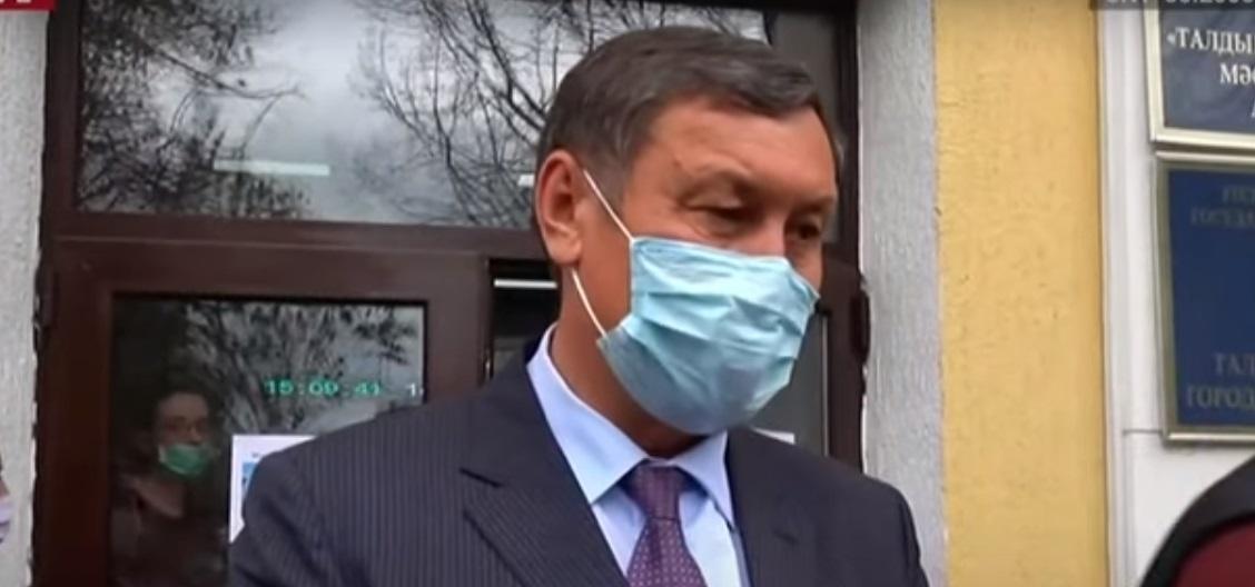 Аким Талдыкоргана Галымжан Абдраимов лично провел рейд на улицах города