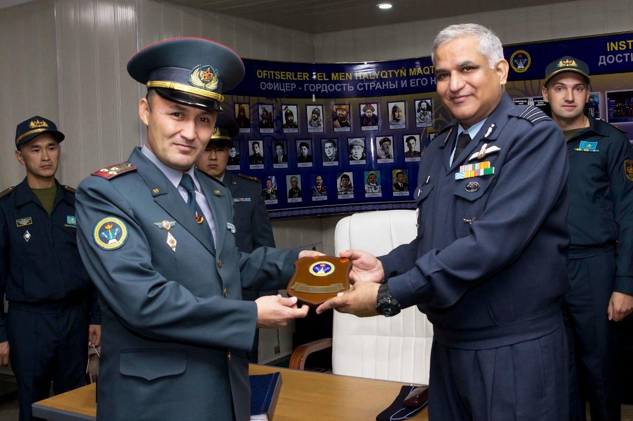 Үндістан делегациясы әскери институтта болды