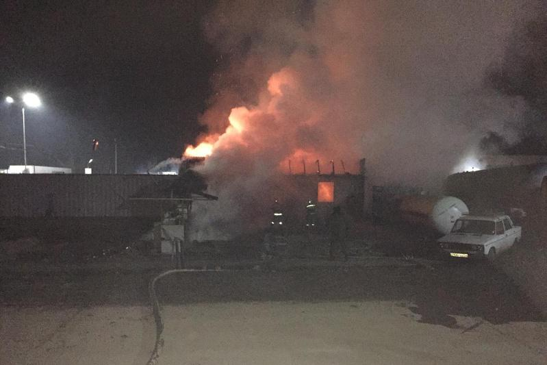 Пожар произошел на газозаправочной станции в Жамбылской области