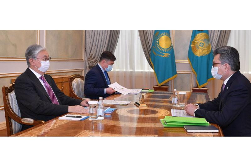 Бахыт Султанов доложил Касым-Жомарту Токаеву  об итогах развития системы торговли