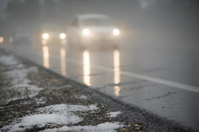Движение в пяти областях Казахстана ограничено в связи с погодными условиями