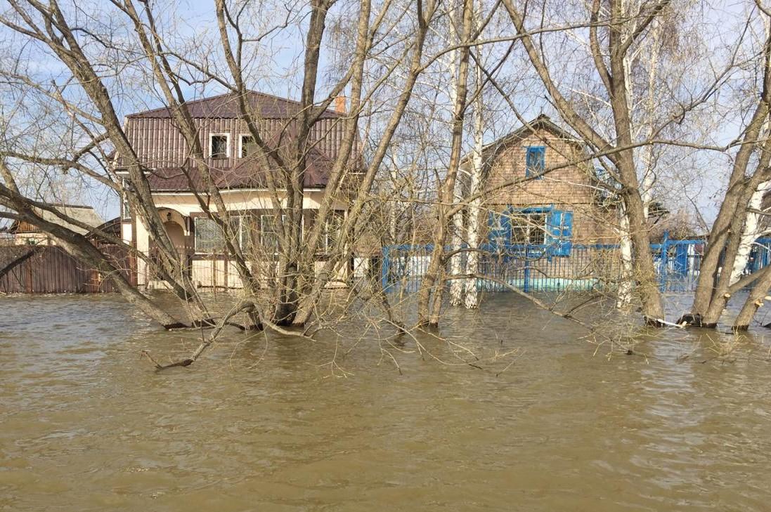 Пострадавшим от весенних паводков жителям выплатили помощь