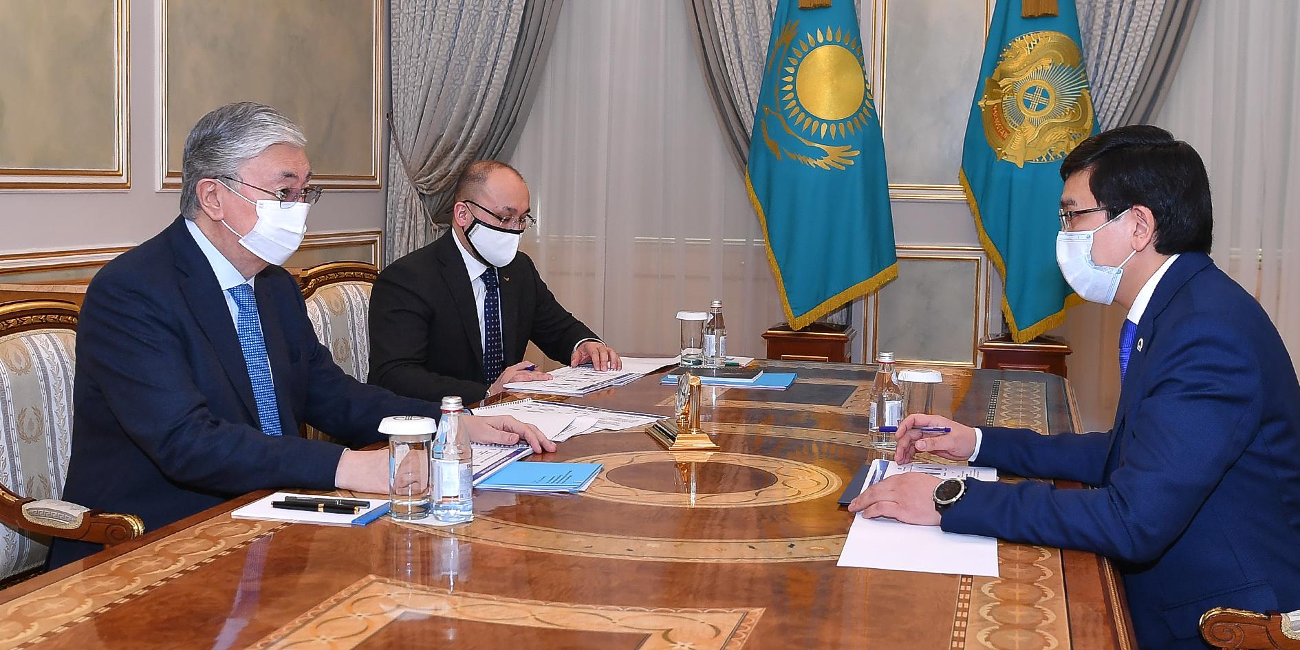 Касым-Жомарта Токаева проинформировали о состоянии учебного процесса в пандемию