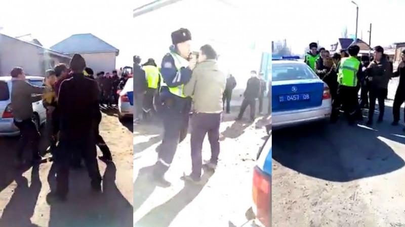Полиция устанавливает зачинщиков групповой драки в селе Жамбылской области