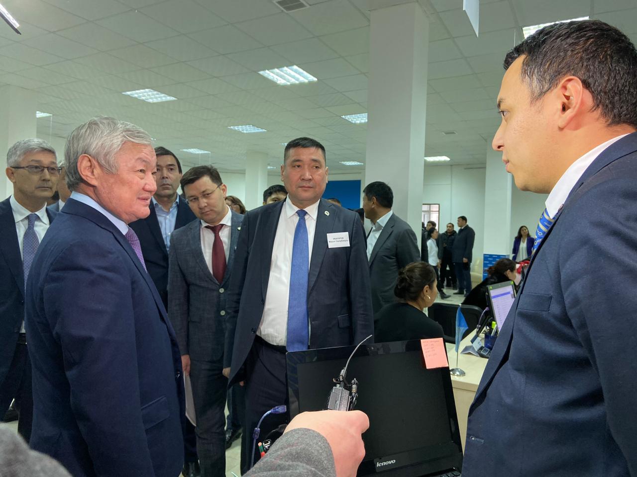 Бердібек Сапарбаев: «Ұзақмерзімді шарттар жергілікті кәсіпкерлердің дамуына серпін береді»