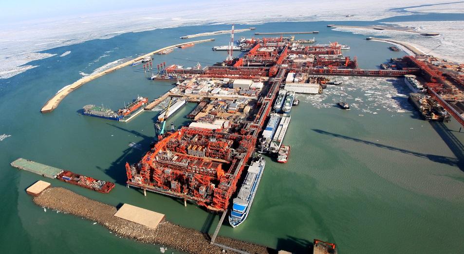 Нефтедобыча на Кашагане снизилась до 300 тысяч б/с из-за внепланового ремонта
