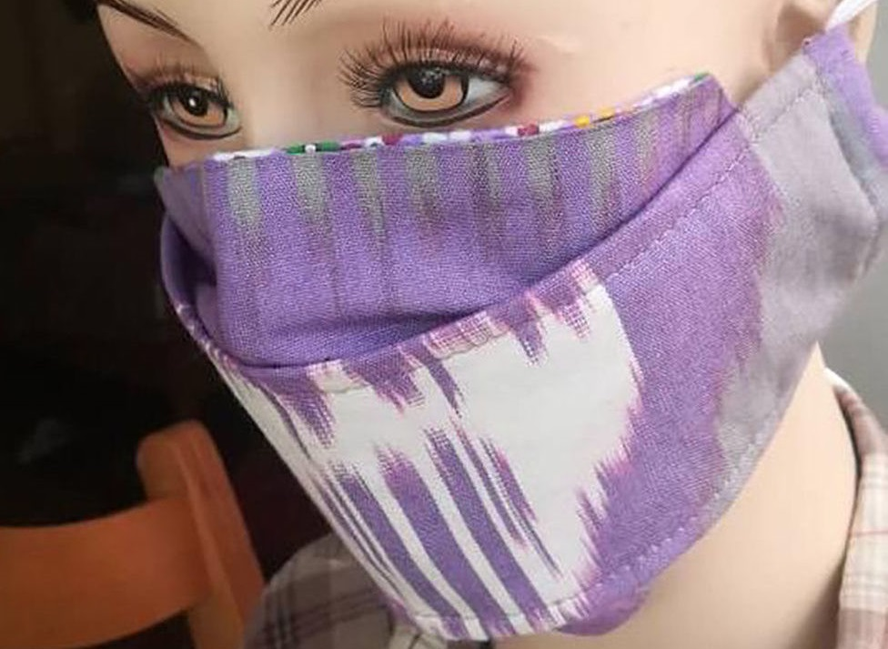 Карантин диктует моду на маски