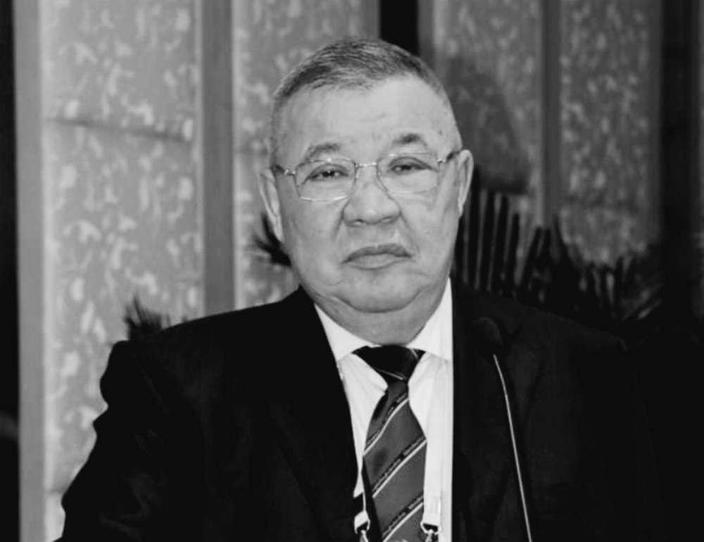 Умер президент Федерации тяжелой атлетики РК Кайрат Турлыханов