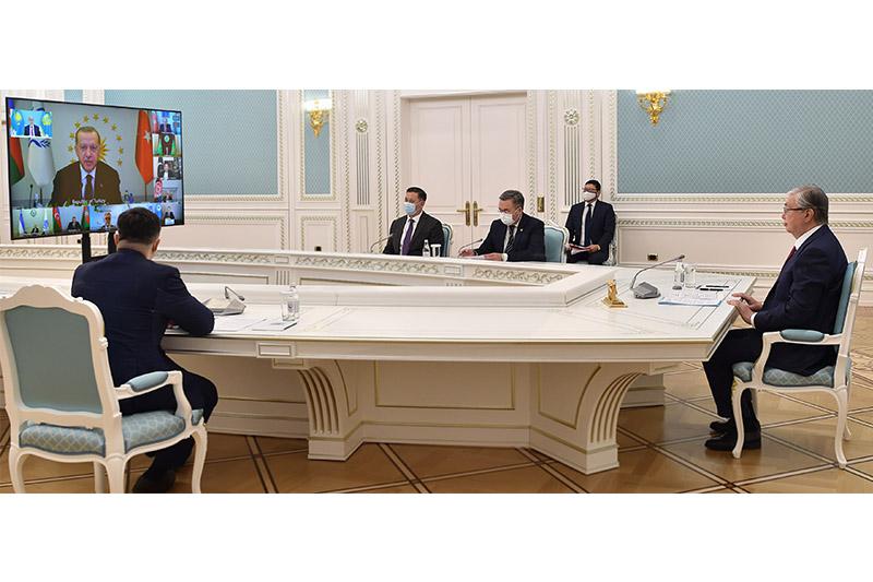 Президент Казахстана принял участие в 14-м саммите Организации экономического сотрудничества