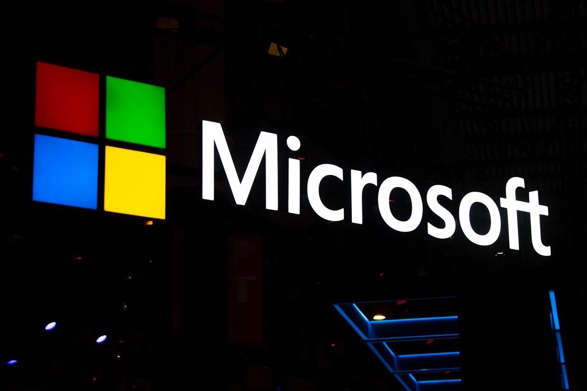 Microsoft закроет все физические магазины