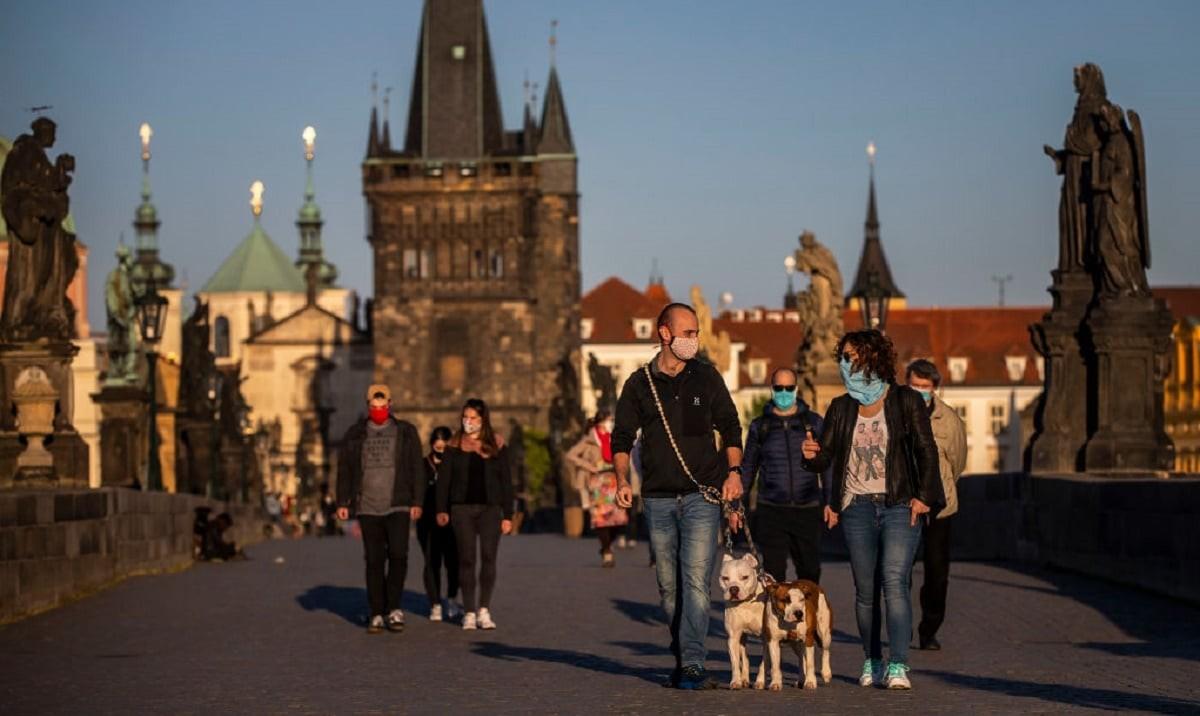В Чехии продлили режим ЧС