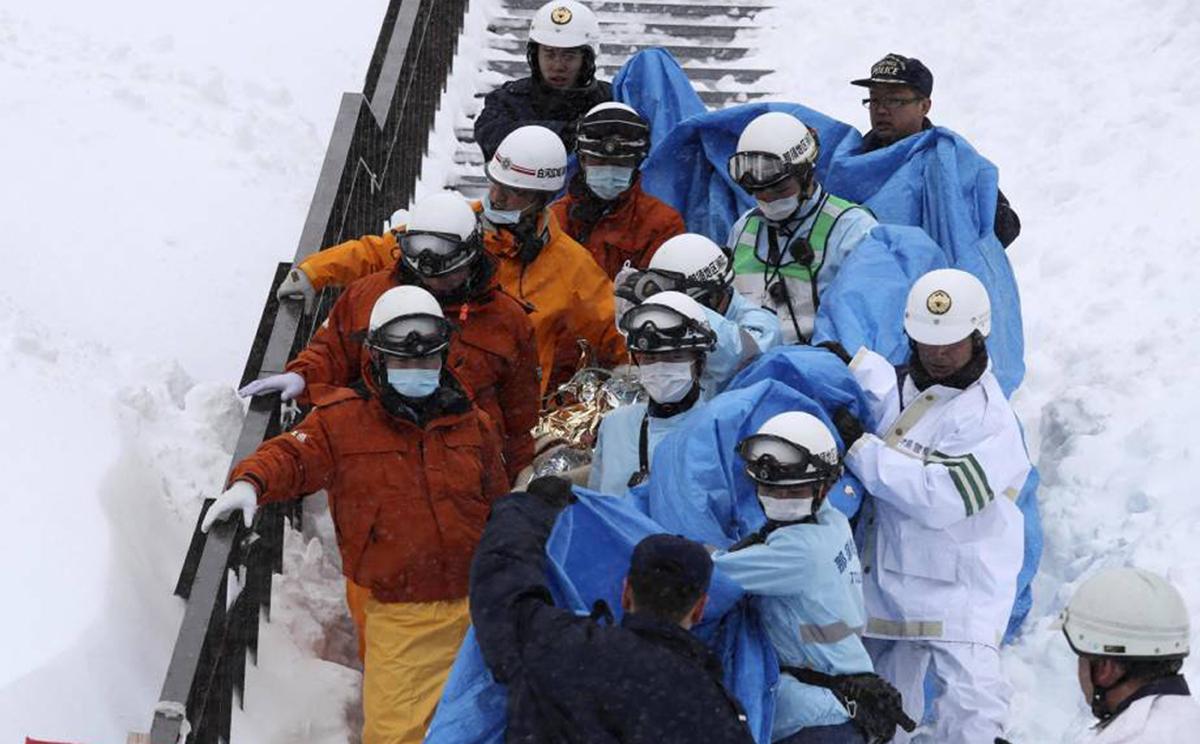Один человек погиб из-за схода лавины в Японии