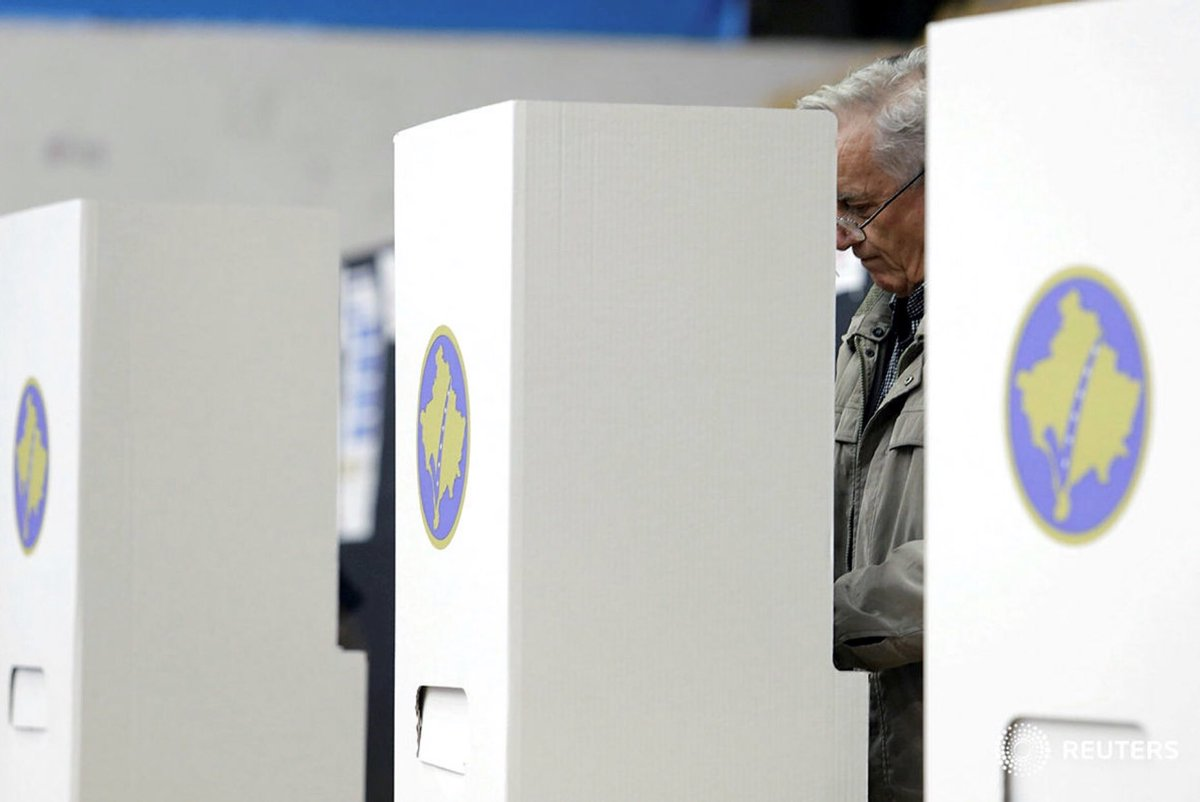 В непризнанном Косове началось голосование на досрочных парламентских выборах