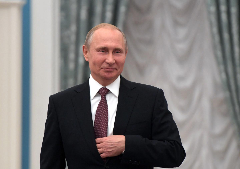 Владимир Путин поздравил Касым-Жомарта Токаева с Днем независимости