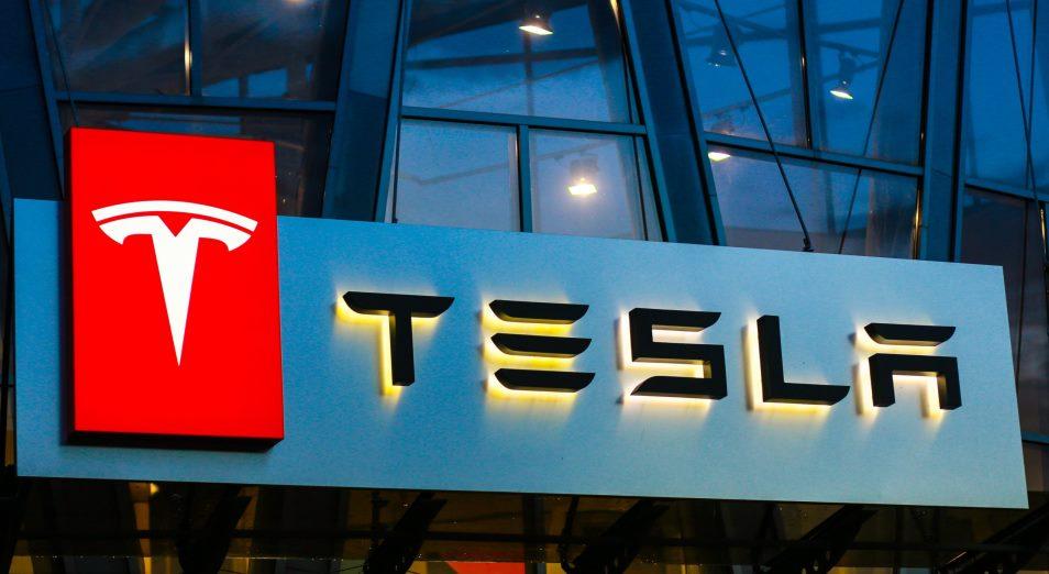 Акции Tesla прибавляют почти 20% за день