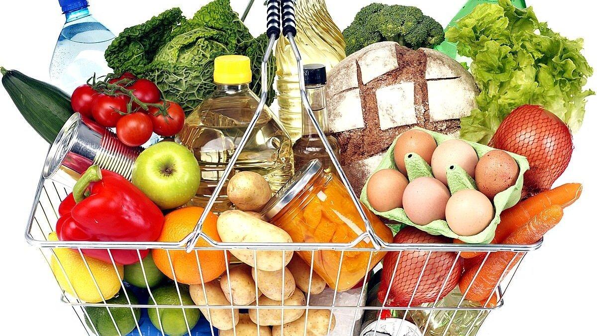 Сколько казахстанцы тратят на продукты