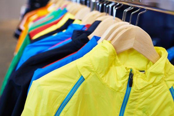 В России спрос на спортивную одежду и обувь вырос почти в пять раз зимой