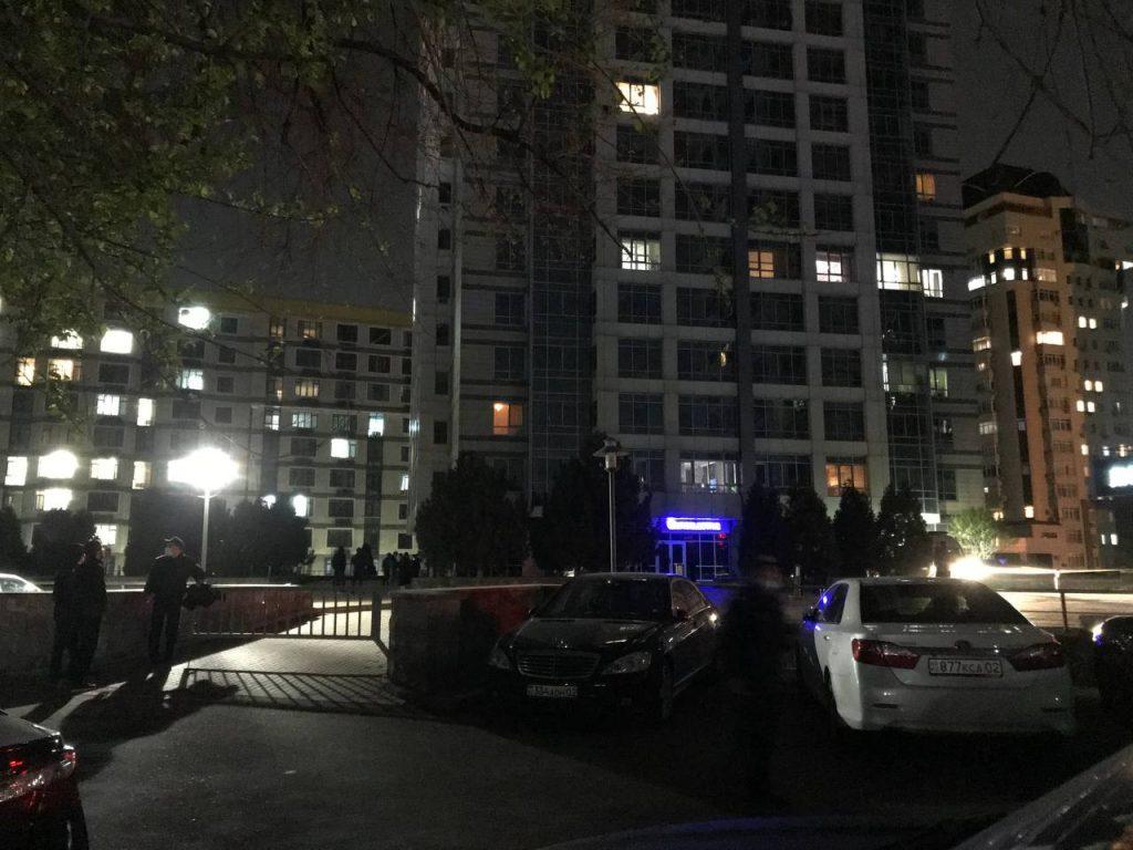 ДВД Алматы: Стрелок принял решение покончить с собой