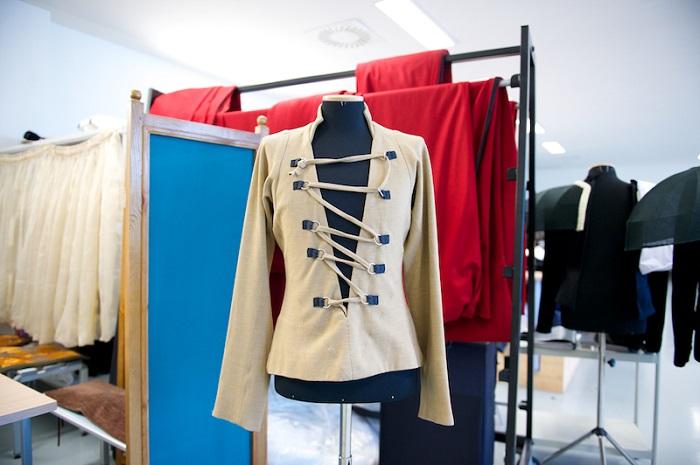 Театральные костюмы Ива Сен-Лорана могут увидеть астанчане