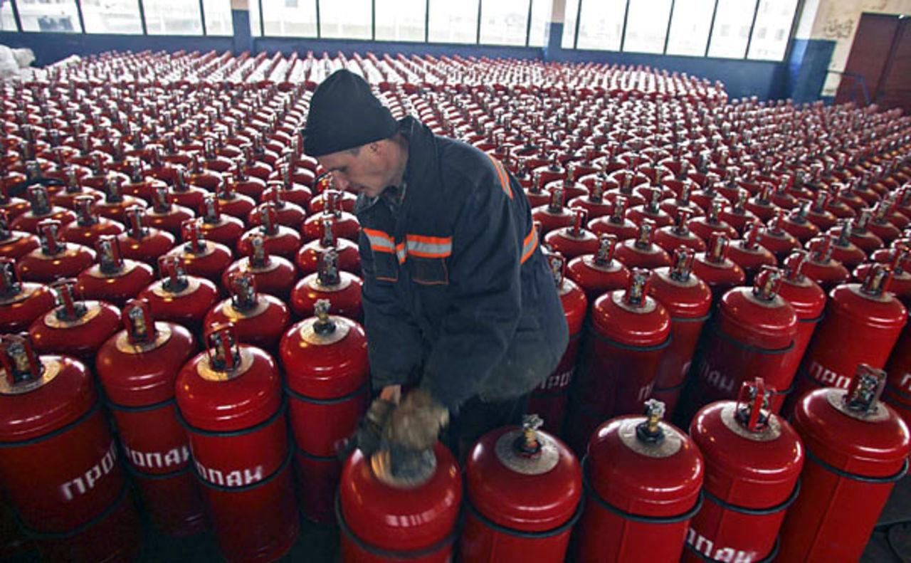 v-aktobe-vnov-voznikli-problemy-s-szhizhennym-gazom