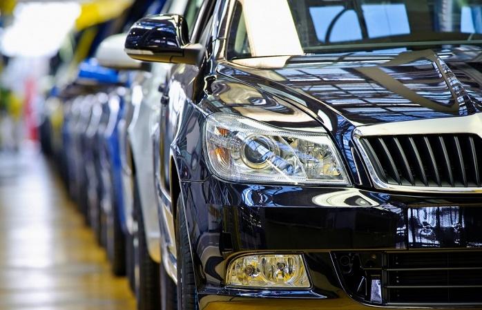 Продажи автомобилей в Казахстане упали на 60%