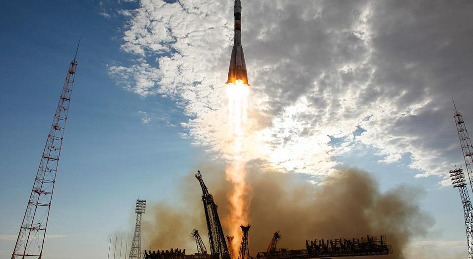 В пожаре из-за упавших останков ракеты под Жезказганом погиб человек